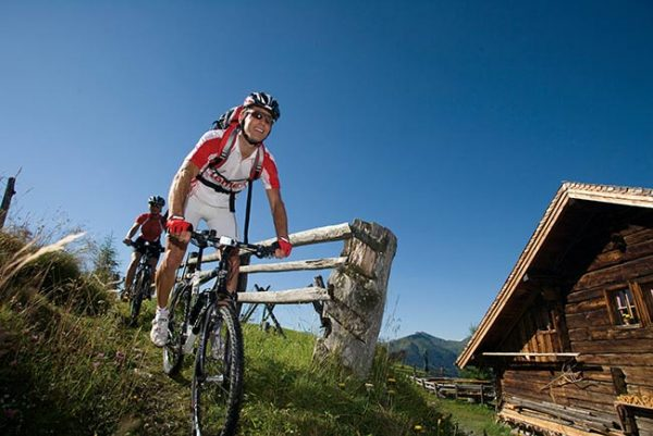 Cycling and mountain biking in SalzburgerLand - GROSSARLER HOF