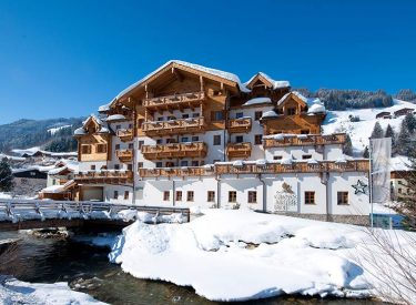 Hotel & Lodge GROSSARLER HOF