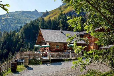 Hotel und Lodge Combine 4-star superior luxe with rustic charm on your Grossarl Valley getaway