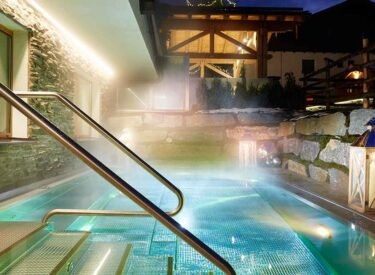 Outdoor pool in the Small Luxury Hotel of the World GROSSARLER HOF in the Grossarl Valley SalzburgerLand (6)
